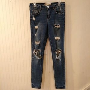 Garage high waisted distroyed jeans